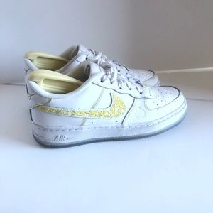 Nike Air Force 1 LV8 Shoes BV4341 100  5.5Y